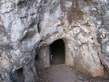 Svoradova jaskyňa