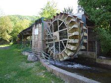 vodná elektráreň