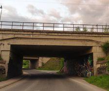 Pod mosty