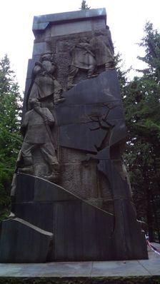pamätník Jana Švermu na Ostredku