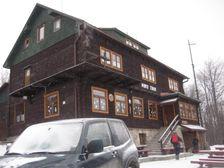Chata na Kľačianskej Magure v zime