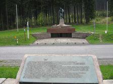 Pamätník na Makove - hranica ČR - SR