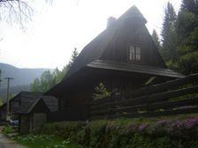 Drevená stavba na Magurke