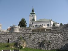 Ružomberok - Kostol a Hlinkove mauzóleum
