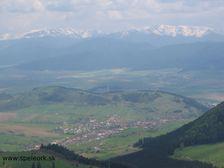 Tlsta - Dubovske luky smerom na Nizke Tatry