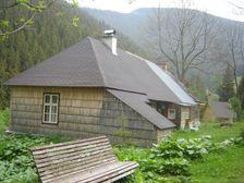 Magurka - drevená stavba v baníckej osade
