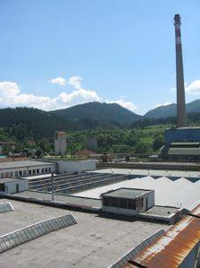Haly starej texilnej fabriky smerom na Malino-Brdo