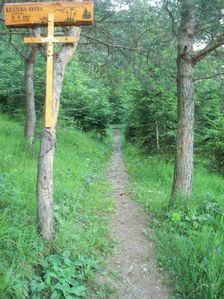 Krížová cesta na Piesočnú pri Liskovskej jaskyni