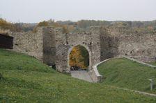 Hradna brana na Devine