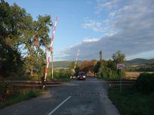 Zeleznicne priecestie v Bystricanoch do Chalmovej