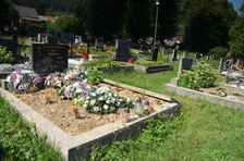 Černová, hrob rodina Demková