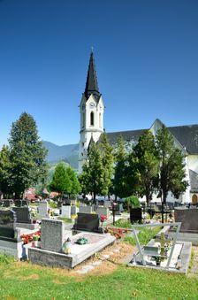 Černová, cintorín & kostol
