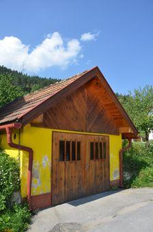 Černová, ulica Priehradka
