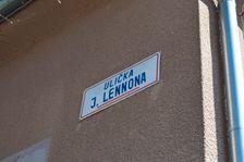 Ulička J. Lennona
